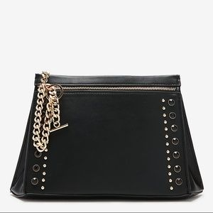 NWT Express Stud and Chain Clutch